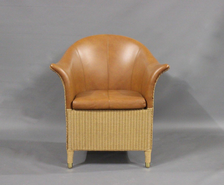 Frisk www.Antikvitet.net - Lænestol i flet og polstret med brunt SP-58